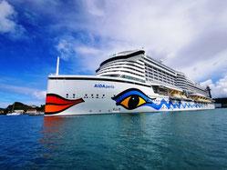 AIDAperla im Hafen von St. Lucia