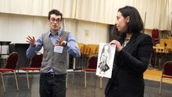Max Hoehn (3. Preis, Regie) und Ana Inés Jabares-Pita (3. Preis, Ausstattug) präsentieren ihr Konzept