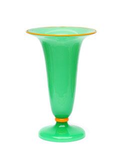 vilmos zsolnay pecs vase die seite widmet sich vintage design antiquit ten in berlin und. Black Bedroom Furniture Sets. Home Design Ideas