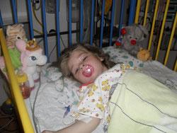 16.5.2011 nach der erfolgreichen OP auf der Kinderintensiv