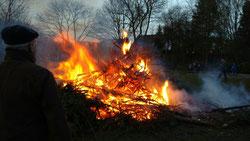Im dritten Jahr ist es schon irgentwie Kult, das Osterfeuer ausgerichtet von den Marienschützen