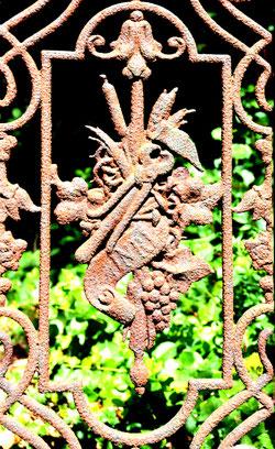 Amiens-La Madeleine-Elément de clôture d'une tombe