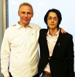世界で29人しかいないEFT マスター&マトリックス・リインプリティング創始者のカール・ドーソン氏と一緒に撮影