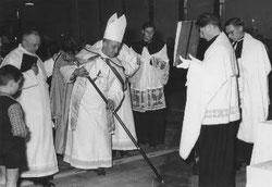 Kirchweihe am 3./4. Oktober 1953 mit Weihbischof Heinrich Baaken