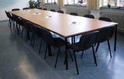 Unsere neuen tischgruppen haben wir aus einer Insolvensmasse gekauft. War ein Schnäppchen.