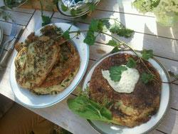 Gierschpfannekuchen mit Sauerampfersauce