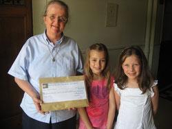 Un beau chèque pour les enfants du Chili