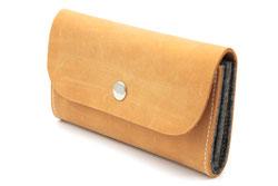 Plastikfreier Geldbeutel aus pflanzlich gegerbtem Leder und Filz (100% Wolle), made in Germany, von KHAFFEE