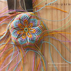 kp kitsch-paradise artisans créateurs barrette bois mandala macramé
