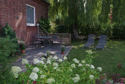 Ferienwohnung Radzuhn in Bellin am Selenter See Terrasse FeWo Backbord