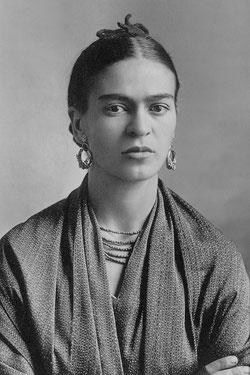 © Guillermo Kahlo (1932)