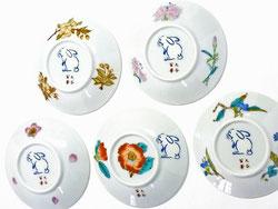 九谷焼 3寸花弁型 皿揃え 草花 兎 絵変わり 裏絵