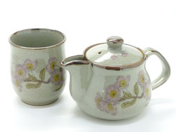 Kutani Hyakkaen kutani small kyusu Teapot & one cup set 250cc cherry blossom someiyoshino feat decorated base