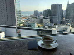 カフェと景色画像