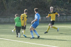 Das 1:0 für die TuS B1 beim VfB Frohnhausen.