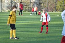 TuS E1-Jugend im Spiel gegen TuSEM E3.