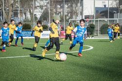 TuS F2 im Spiel gegen VfB Frohnhausen F3.