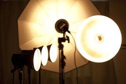 最新の機材と技術を使って広告宣伝写真を撮影します