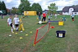 Fussballgolf Eventmodule günstig mieten Frankfurt Hüpfburg Torwand mieten