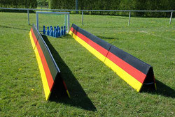 Fussball Bowling mieten Frankfurt Kindergeburtstag feiern Eventmodule Verleih Torwand mieten