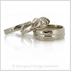 Woodgrain Rings with Leaf & Close Curled Tendril Ring