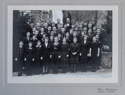 Nr.3583 Konfirmandengruppe Kirche Gsteig Wilderswil 1942