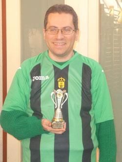 Isaac Garcia, ganador del trofeo de consolación.