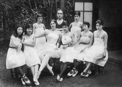 エリアナ・パヴロバと生徒たち