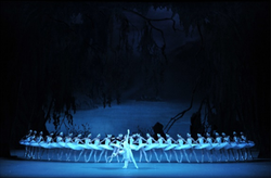 マリインスキー劇場バレエ来日公演「白鳥の湖」©Hidemi Seto