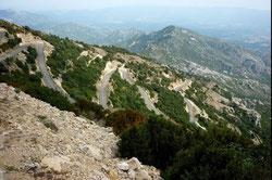 Les lacets du Mt Caro vers le milieu de l'ascension...