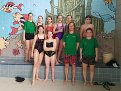 Die diesjährigen Teilnehmer und Betreuer der SSG beim Pokalschwimmen in Grenzach. (Foto: Valerie W.)