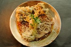 天おろし蕎麦 十割そば 手打ちそば 冷たいそば マイタケの天ぷら 冷がけ