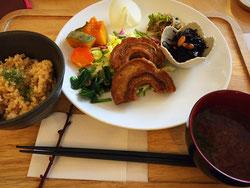 菜野ランチ - ご飯・味噌汁・本日のお惣菜