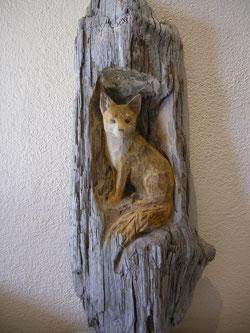 Fuchs Holzskulptur Schnitzerei woodcarving Paul Widmer Holzbildhauer Uetliburg