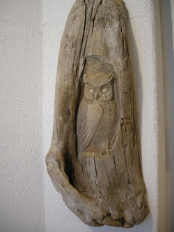 Uhu Eule Schnitzerei Holzbildhauer Woodcarving Paul Widmer