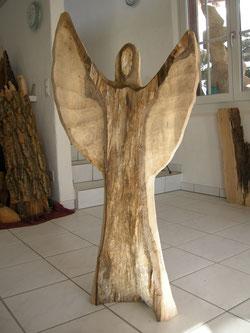 Engelskulptur modern ,moderner Engel Engelschnitzerei