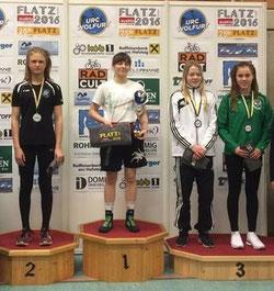 Bronze für Emely Selinger (1. von rechts)