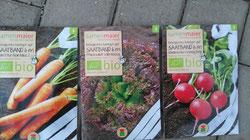 Bio Samen auf Saatband (Karotten, Radischen, Pflüchsalat) der Firma Samen Maer