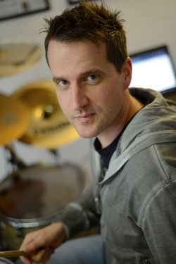 Uli Göhring Porträt Drumset