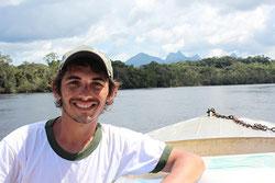 Domingos Cardoso en viaje de expedición a Rio Negro (Foto: Dirce Komura).