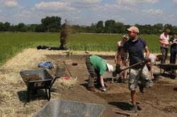 Proceso de excavación del entorno de Marden Henge. © Blasting News