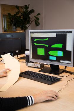 Vektorisieren von Schablonen mit CCAD von RG Technologies