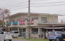 子山ホームの一棟。一棟半分に年齢が様々な子8人と、職員男女で家族的な生活を営んでいる。