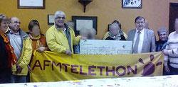 La remise du chèque du Téléthon 2016 de la commune de St Père dans la Nièvre
