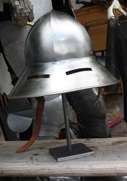 41 Rüstungshelm/Rig helmet
