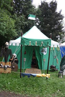 18 Zelt/Tent