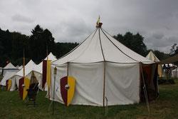 10 Zelt/Tent