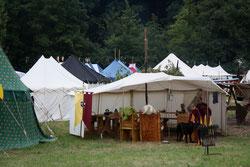 9 Zelte/Tents