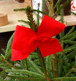 39 Schleife am Weihnachtsbaum/Loop at a christmas tree