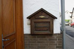 11 Briefkasten/Letterbox